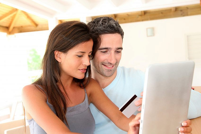 Couple online shopping